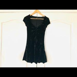 Forever 21 contemporary mini dress 🥥🥛